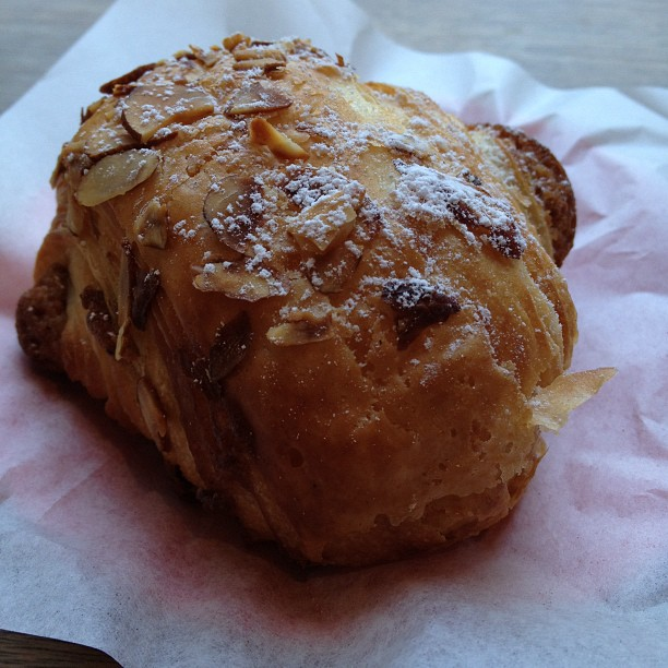 Back in the hood for a lovely almond croissant