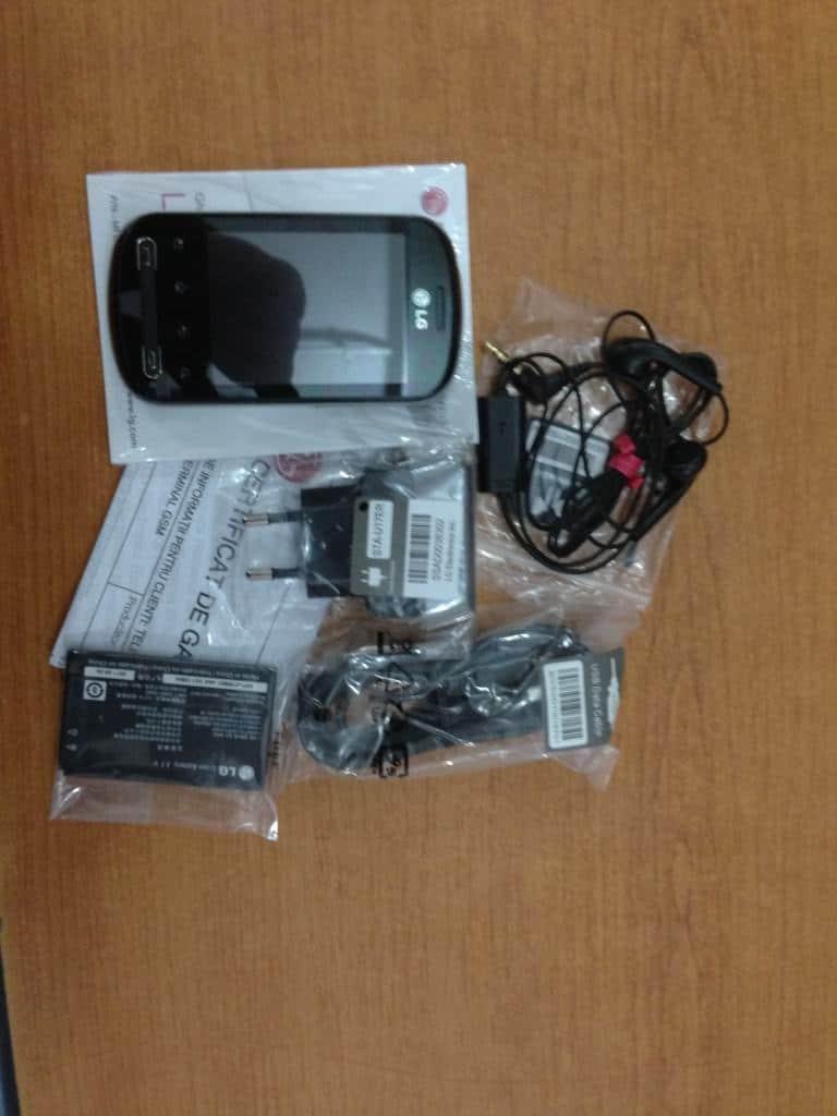 LG Optimus Me 350 accesorii