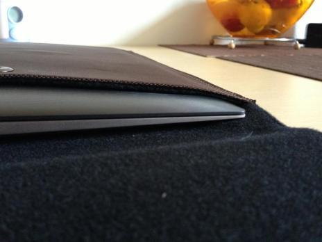 Cel mai subtire punct Asus ZenBook Touch