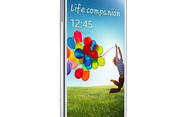 Samsung Galaxy S4 este disponibil în magazinele din România