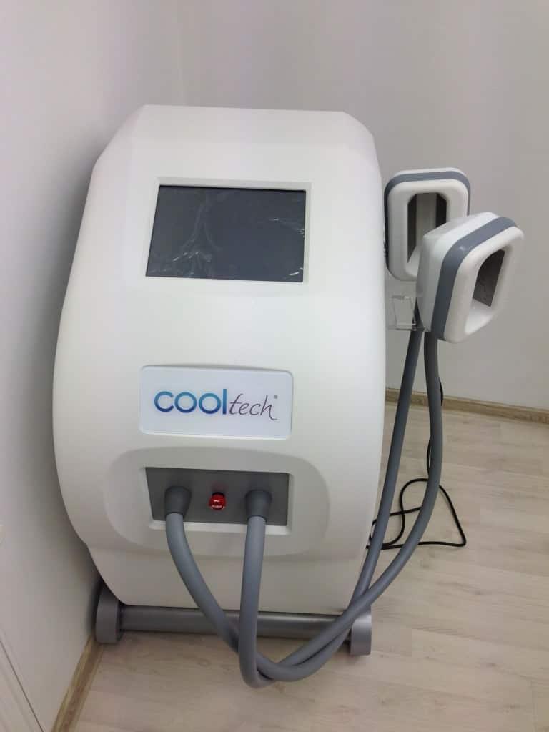 Alina a testat VelaSmooth Pro! | Gabriel Ursan | Vr goggle, Lab coat, Gabriel