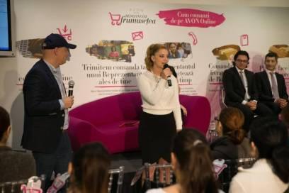 de la stanga la dreapta - Cristian Manafu si Irina Minca, consilier in frumusete AVON