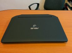 Laptop Asus ROG 3