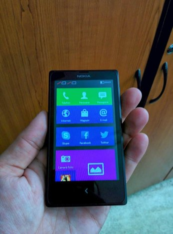 Nokia X in mana