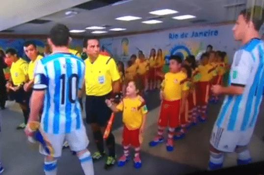 Stransul de mana Messi Copil CM2014