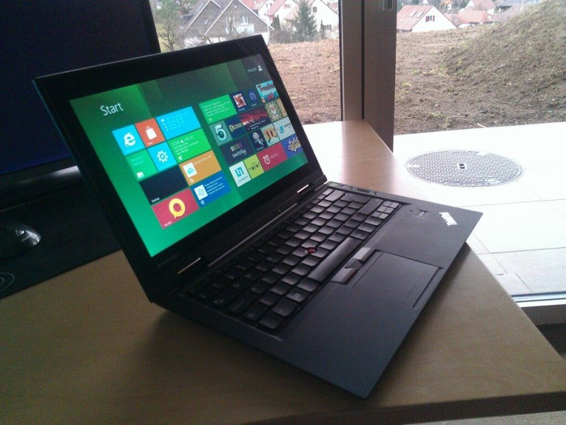 Lenovo ThinkPad X1 poza 1