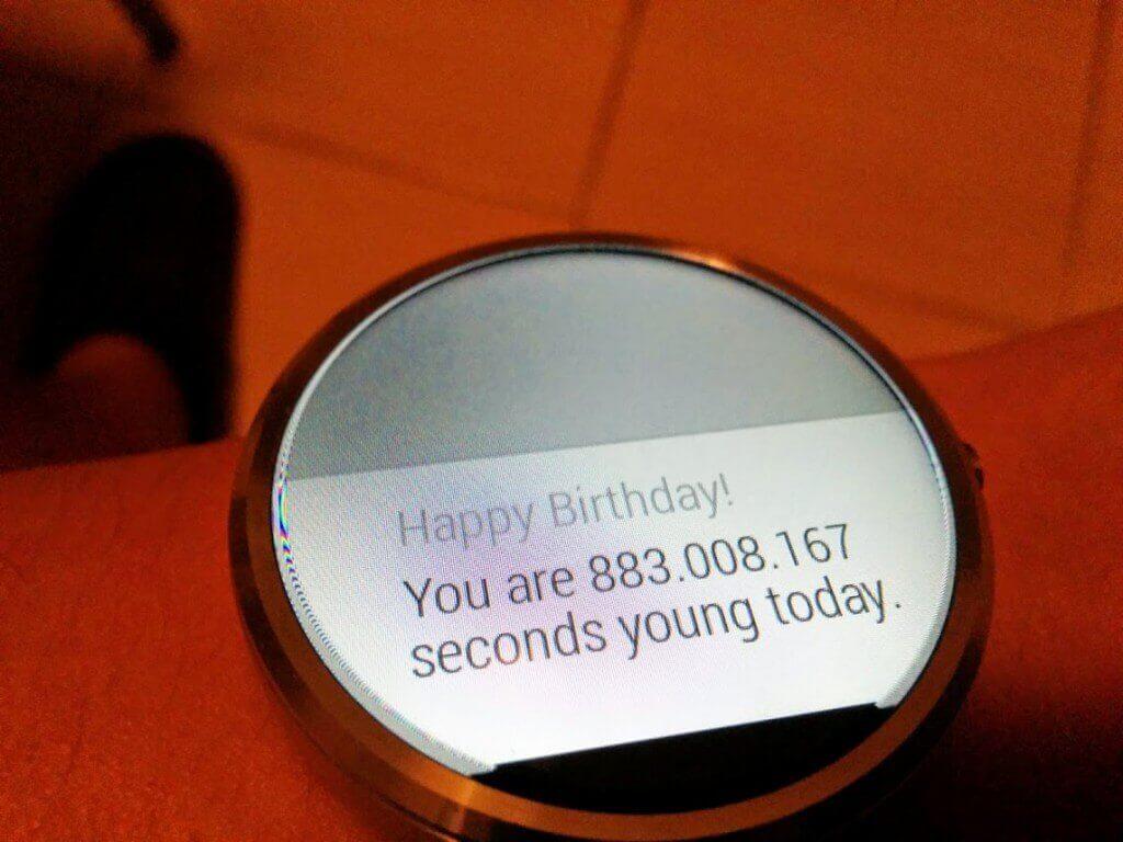 Ceasul imi ureaza la multi ani
