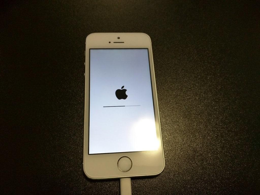 Cum rezolv un iPhone 5S Demo