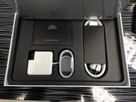 MacBook Pro Retina 13 poză 2