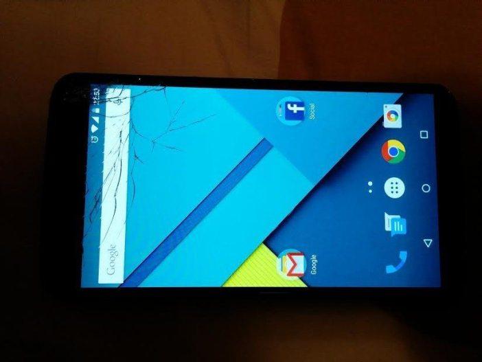 Nexus 6 ecran crapat 1