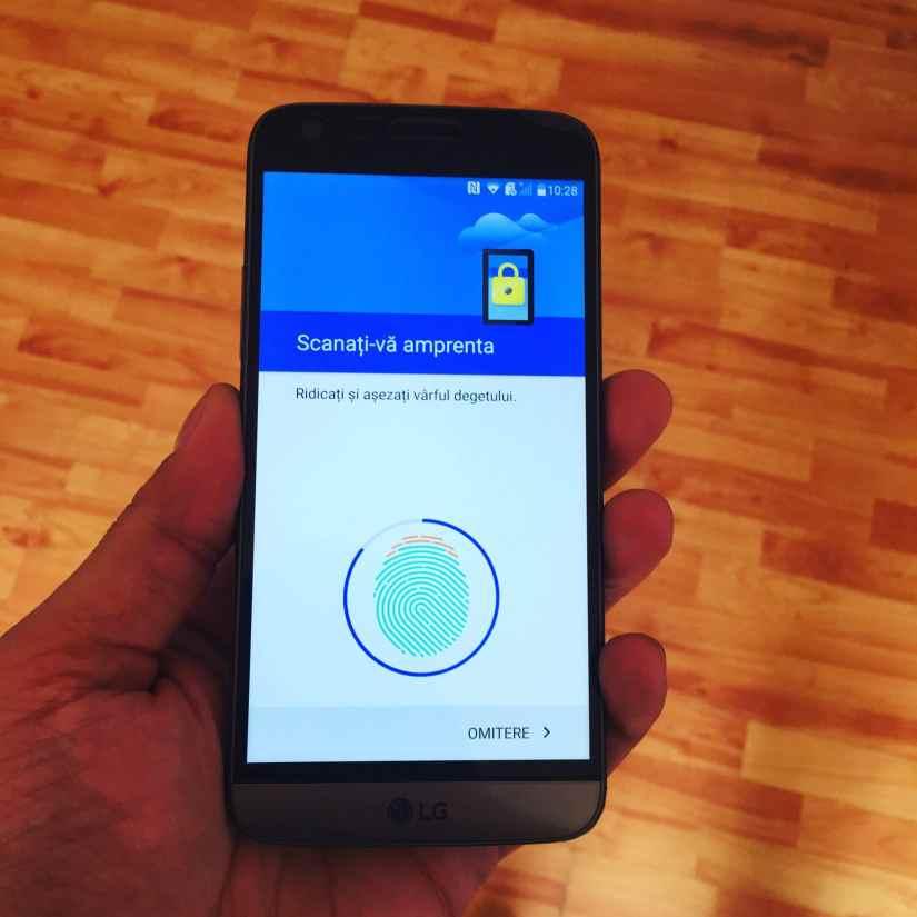 LG G5 smartphone modular