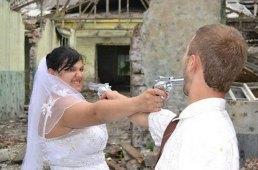 50-most-awkard-russian-wedding-portraits