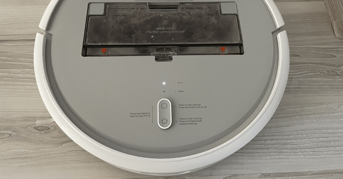 Colector gunoi aspirator robot