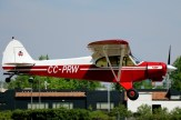Super Cub: Gerd Eylerts aterrizando el Piper PA-18 CC-PRW (foto: Carlos Ay).