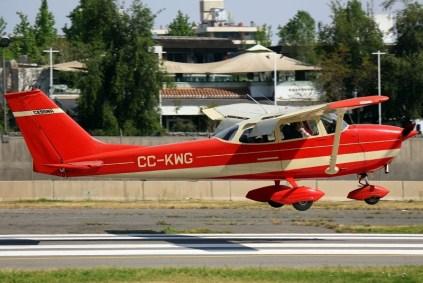 Uno Siete Dos: Cessna 172 CC-KWG del CPV (foto: Carlos Ay).