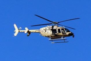 El 407GT aproximando al helipad de FIDAE 2014 (foto: Carlos Ay).