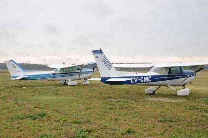 Algunas de las aeronaves visitantes durante el día sábado. (Foto: Esteban Brea)
