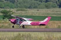El LV-IGC fue el encargado de efectuar el lanzamiento de paracaidistas. (Foto: Esteban Brea)