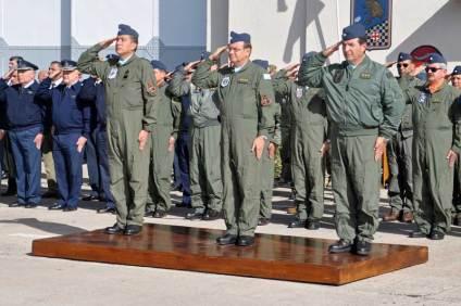 En esta oportunidad la ceremonia fue presidida por el JEMGFAA, el Comandante de Adistramiento y Alistamiento y el Jefe de la IV Brigada Aérea. (Foto: Esteban Brea)