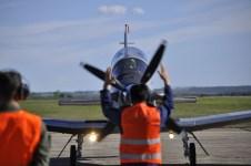 Llegada de los Texan II a la plataforma de la EAM (foto: FAA)