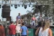 También hubo lugar para la presentación de bandas locales (Foto: Lorenzo Borri)