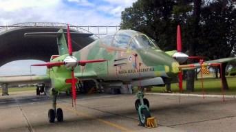 El AX-561, prototipo de la primera variante del IA-58 Pucará dotada de motores PT6 del fabricante norteamericano Pratt & Whitney (foto: José Soria/AndeSpotters).