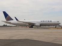 Boeing 767-3, United Airlines, N675UA proveniente de la ciudad de Houston, Estados Unidos (foto: Luis Quintana)
