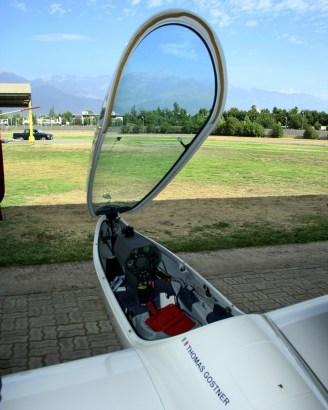Acercamiento al cockpit del Diana 2 de Thomas Gostner (foto: Carlos Ay).