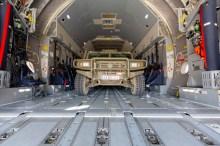 La amplitud de la bodega del A400M es tal, que no es necesario plagar las filas de asientos laterales (foto: Miguel Ángel Blázquez Yubero).