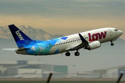 El CC-ARQ decolando bien temprano por la mañana rumbo a Lima (Perú) en julio de 2017 (foto: Carlos Ay).