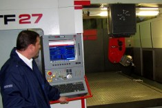 M5A sliding head milling machine and C20 control panel, both supplied by Italy's Fidia (photo: Diego Rojo).