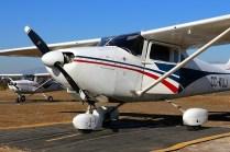 CUA flightline depicting Cessna 172 CC-KUJ and Cessna 150 CC-KUG (photo: Carlos Ay).