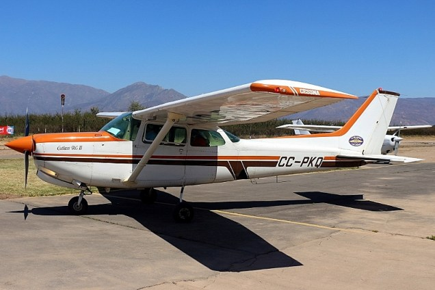 """Cutlass RG II"": Los Andes Air Club Cessna 172RG CC-PKQ (photo: Carlos Ay)."