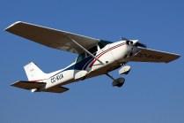 CUA Cessna 182 CC-KUA on take-off (photo: Carlos Ay).