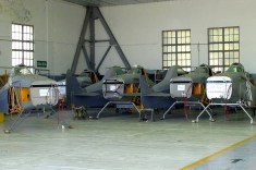 Seven PA-25-260 Puelche airframes awaiting final assembly (photo: Diego Rojo).