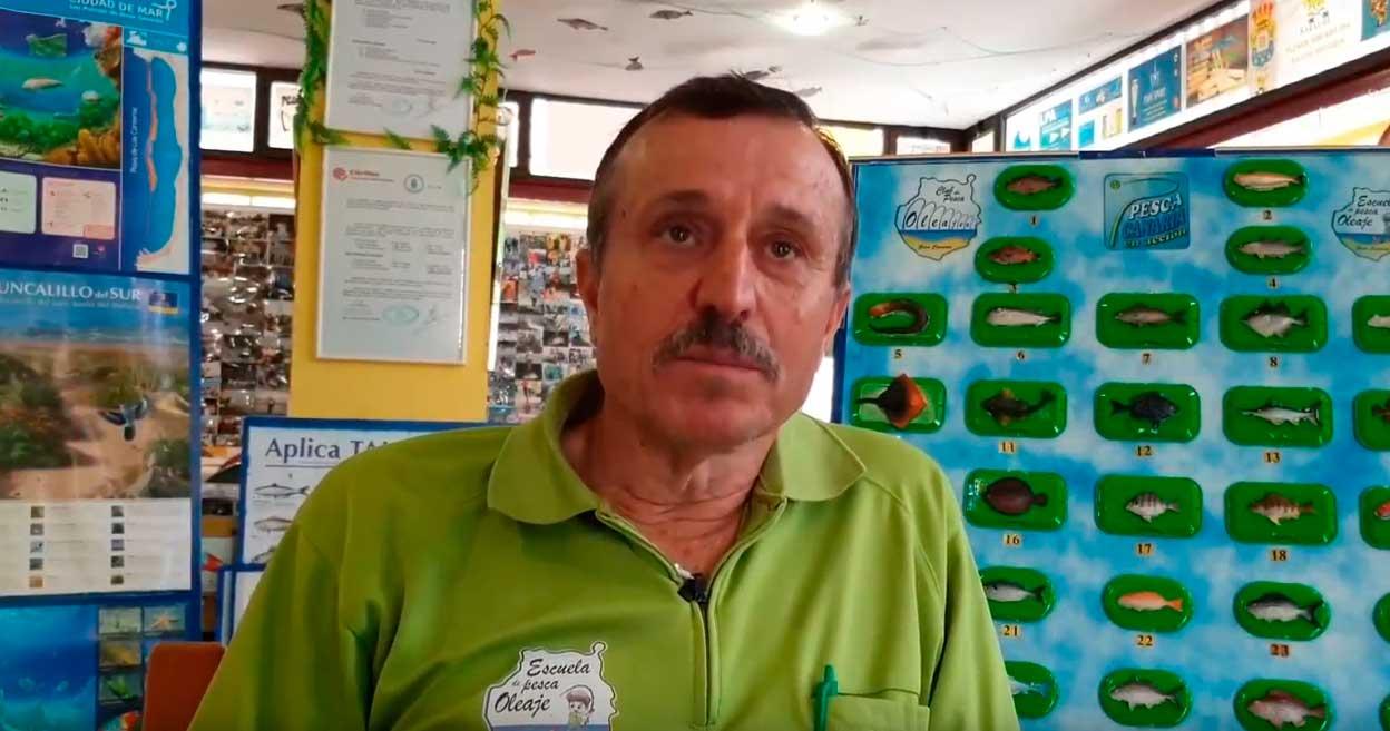 Juan Santiago Cruz: «Hay que educar a los más pequeños para conseguir pescadores responsables»