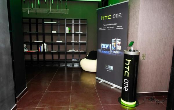 Lansare-HTC-One-in-Romania-14-martie (10)