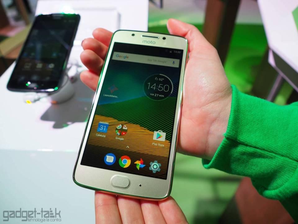 Telefoanele Moto G5s primesc actualizare