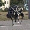 【悲報】脅威のバランス能力を持つ4本足のキモいロボットBigdog、うるさすぎて使えず開発終了