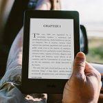 アメリカで電子書籍の売上が大失速!やっぱり本は紙で読む?