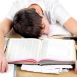 文科省「宿題は自分でやるもの、代行は望ましくない」メルカリ・ラクマ・ヤフオクへの宿題「出品」禁止に