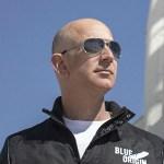 【悲報】Amazonのジェフ・ベゾス「宇宙から見て気づいた…人類は地球を歩き回り傷つけるだけだ…」
