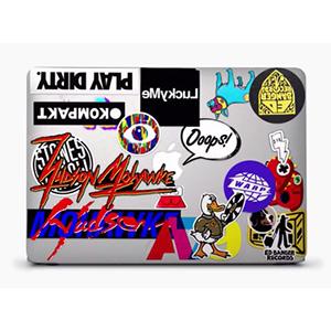 macbook-cm-ad-sticker-apple2