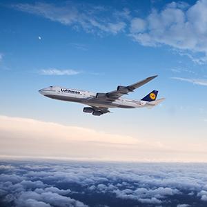 Lufthansa_Boeing_747_8_3_lot