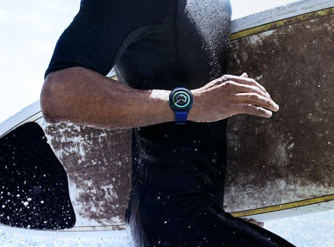 Samsung Gear Sport waterproof smartwatch for swimming