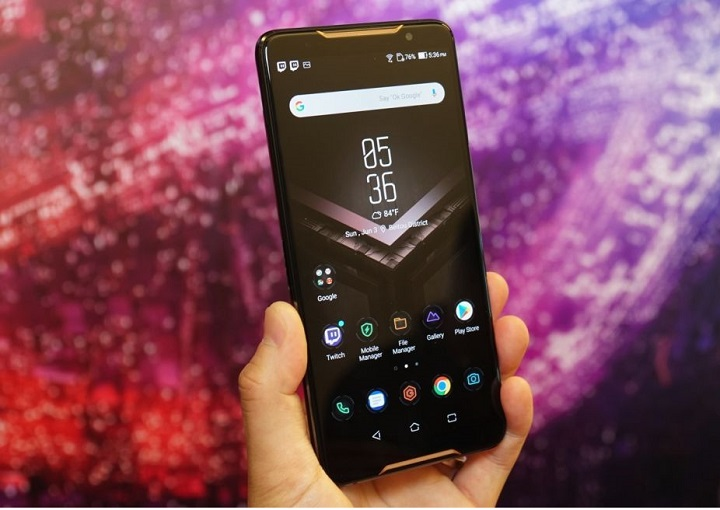 Asus ROG Phone Gaming Android smartphone