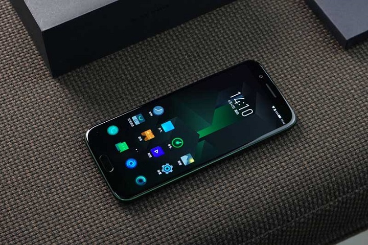 Xiaomi Black Shark gaming phone hands on review