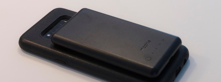 Mophie Charge Force Case_MG_8534