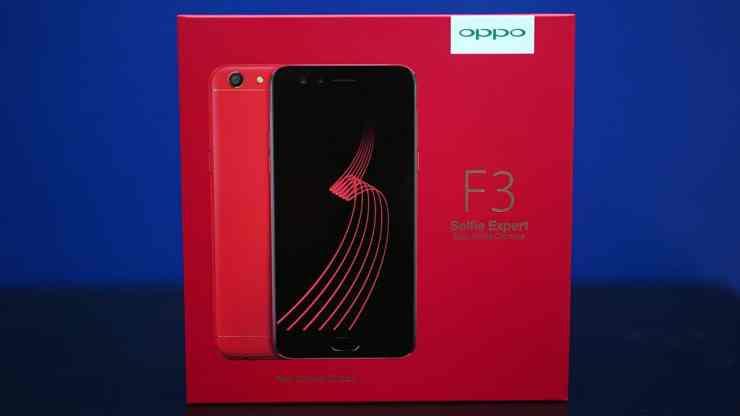 Red OPPO F3 in box