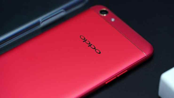 OPPO F3 red showing the matte back